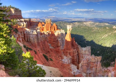 A nice hoodoo formation in red rock Bryce Canyon.