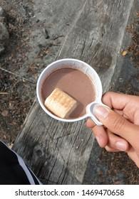 nice hot cup of cocoa! mmm yummy