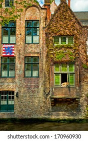 Nice houses along the canals in Bruges, Belgium