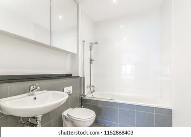 nice modern bathtub in a bathroom.