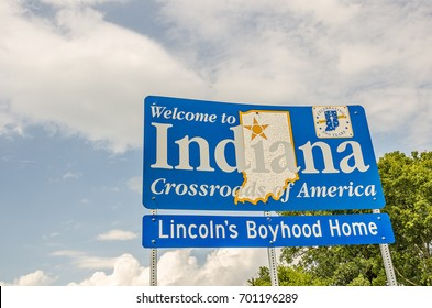 Nice new sign to welcome travelers to the state of Indiana, Crossroads of America, and Lincoln's Boyhood Home.  Indiana also celebrated two hundred years in 2016.