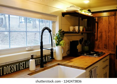 Nice small kitchen in tiny house.