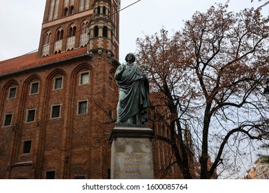 "The Nicolaus Copernicus monument by Christian Friedrich Tieck unveiled in 1853 in Torun, Poland. The monument inscribed: ""Nicolaus Copernicus Thorunensis, terrae motor, solis caelique stator"""
