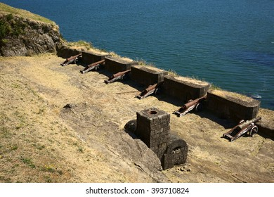 NIEBLA, CHILE - FEBRUARY 2, 2016: Cannons of the Niebla fort, Chile on February 2, 2016. The fort is part of the Valdivian fort system and was declared national monument in 1950.