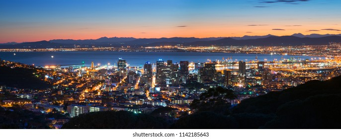 Night Cape Town. Panoramic view