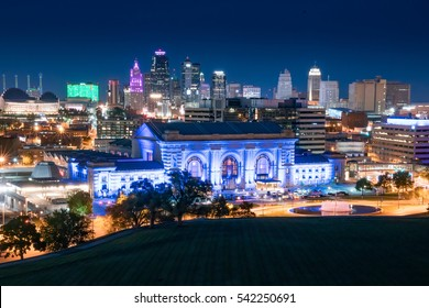 Night city skyline of Kansas City, Missouri with Union Station in the foreground
