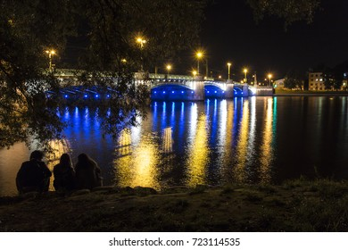 Night illumination of the Kamennoostrovsky bridge in St. Petersburg