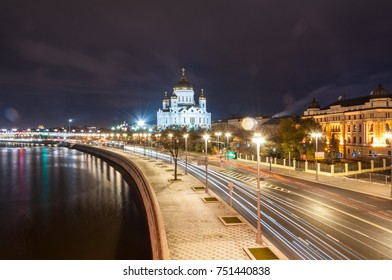 Night landscape of the Moscow Cathedral of Christ the Savior, river and Patriarchal Bridge, architecture and landmark