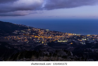 Night landscape with views of the city of Yalta