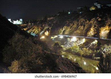Night photography of the cliffs of the river Tagus in Toledo