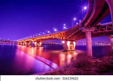 The night Seongsu bridge seoul,korea
