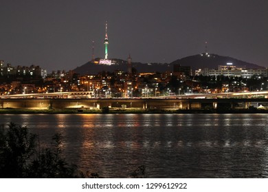 Night seul. View across the Han River on the N Seoul Tower. Seoul, South Korea. August 14, 2018