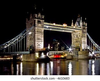 Night shot of famous London Tower bridge