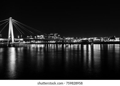 night skyline cologne