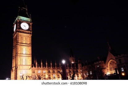 A night time view of Big Ben in London, England.