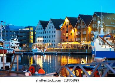 Night Tromso postcard background hd