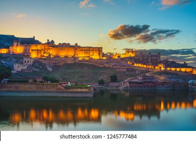 Night view of Amber fort in Jaipur, Rajasthan
