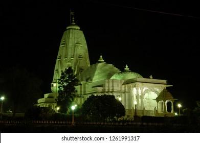 Night view of the Birla Mandir temple in Jaipur, India