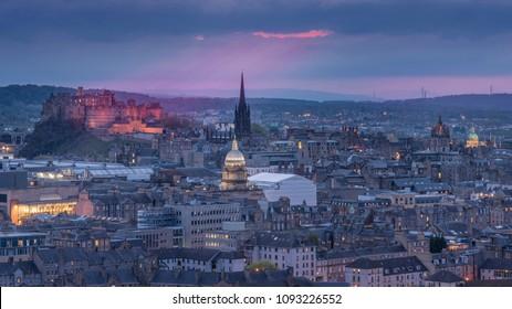 night view of the city of Edinburgh