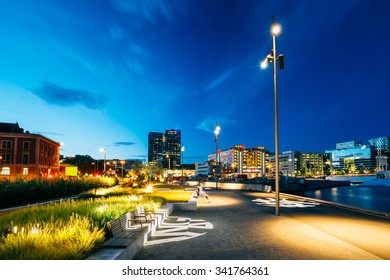 Night view of the city's waterfront, illuminated lanterns in the Oslo city center, Norway.