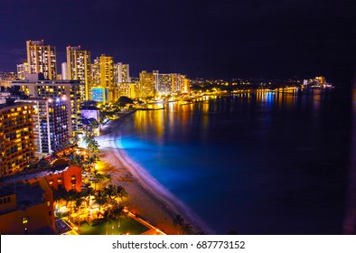 Night view of Hawaii Waikiki Beach