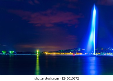 Night view of Jet d'eau fountain in the swiss city Geneva