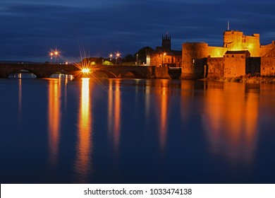Night view to Limerick town and castle ruin - Limerick - Ireland