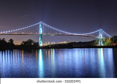 Night View of Lions Gate Bridge, Vancouver, BC, Canada
