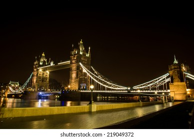 Night view on London famous landmark Tower Bridge on river Thames