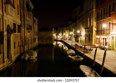 Night view on a Venice streets