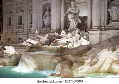 Night view over fontana di trevi in Rome (Italian: Fontana di Trevi), Italy
