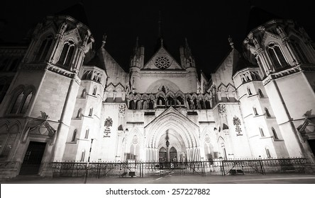 Night view of Royal Courts of Justice in London