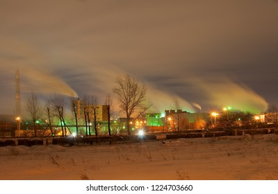 Night view of the snow-covered Chelyabinsk electrolytic-zinc plant. Long exposure, fuzzy smoke