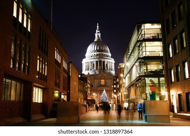 Night view of St Paul's Cathedral with christmas decoration locates at the top of Ludgate Hill in the City of London