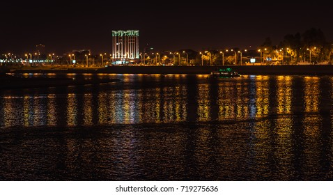 Night view of Taman river