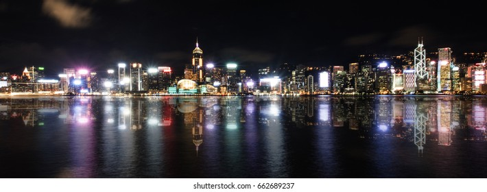 Night view  victoria harbour, reflection view