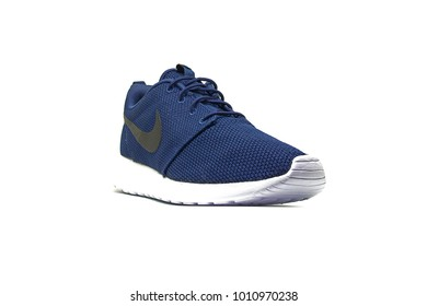 Nike sneaker shoes, Roshe one model, Midnight Navy/White/Black color on