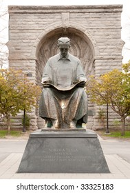 Nikola Tesla statue at Niagara Falls