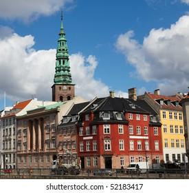 Nikolaj Kirke (Nikolaj Church), one of the oldest buildings of the Danish Capital and old houses in Copenhagen