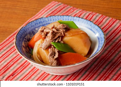 Nikujaga(Simmered Meat and Potatoes; Healthy Japanese daily dish)