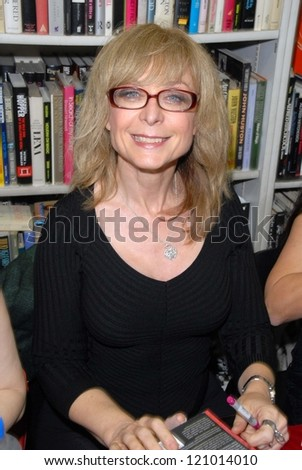 Nina Hartley At A Book Signing For Golden Goddesses 25 Legendary Women Of Classic