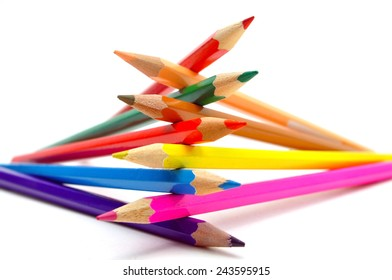 nine color pencils zig zag stack arrangement