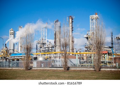 Nitrogen chemical plant in Wloclawek, Poland, night scene