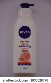 Nivea Body Lotion Images Stock Photos Vectors Shutterstock