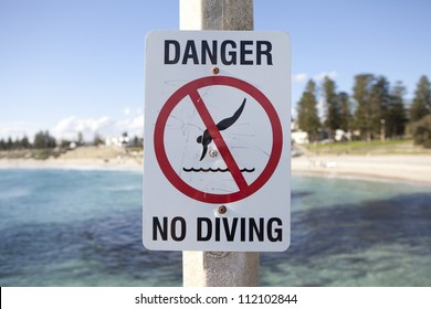 No Diving warning sign on Cottesloe beach, Perth, Western Australia