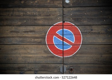 no parking traffic sign on wooden background