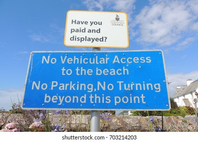 No vehicular access to the beach - no parking - no turning beyond this point - a sign in Portwrinkle, near Looe in Cornwall
