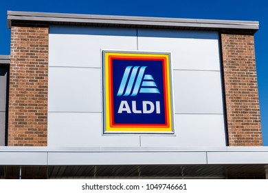 Noblesville - Circa March 2018: Aldi Discount Supermarket. Aldi sells a range of grocery items, including produce, meat & dairy, at discount prices II