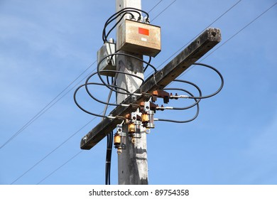 Node of electric pole junction.