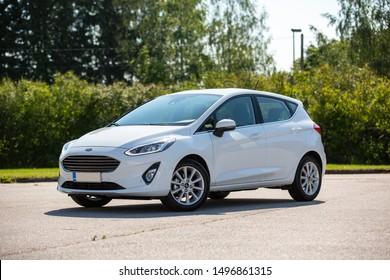 Imágenes, fotos de stock y vectores sobre White+ford